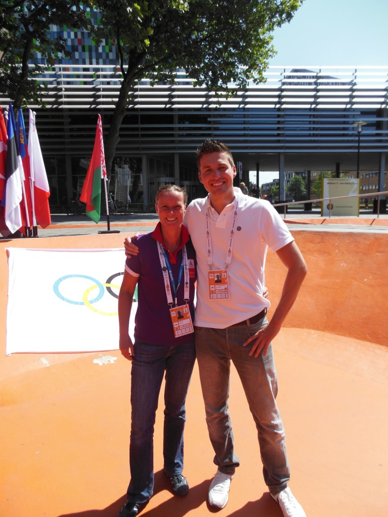 Together with the Tournament Director EYOF and famous Dutch swimmer (called 'the Dutch dolphin') Pieter van den Hoogenband.
